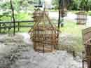 Bamboo cages<BR>El Valle
